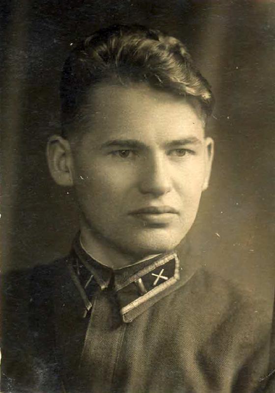 Капитан артиллерист РККА Елисеев А.П.