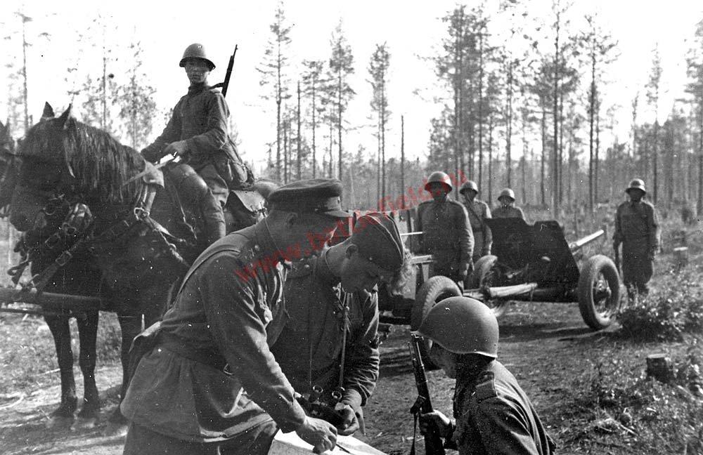 45-мм противотанковая пушка фотография
