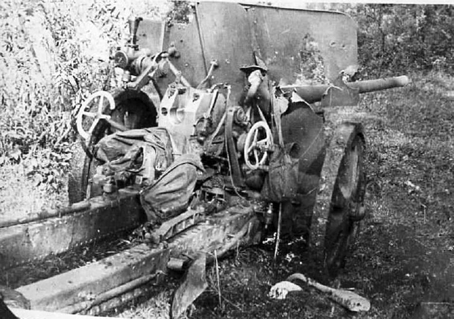 фото уничтоженной пушки Ф-22