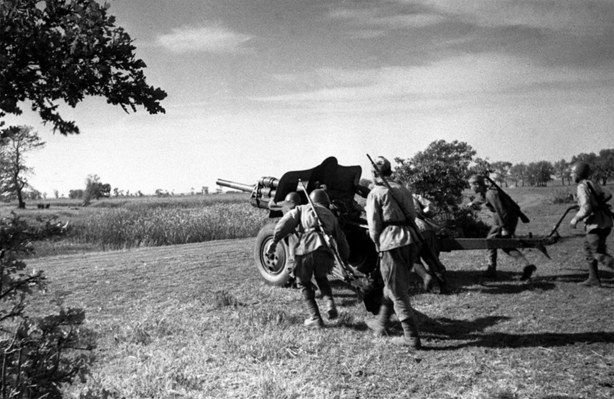 фотография 76-мм пушки УСВ