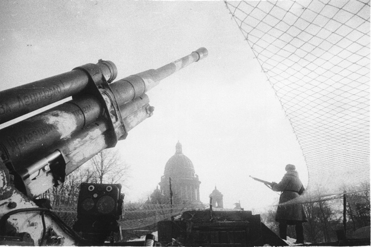 фотография 85-мм зенитного орудия