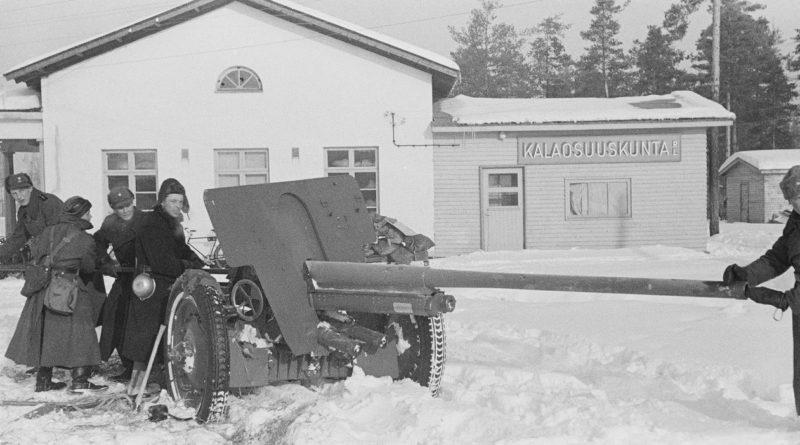 76-мм советская пушка Ф-22