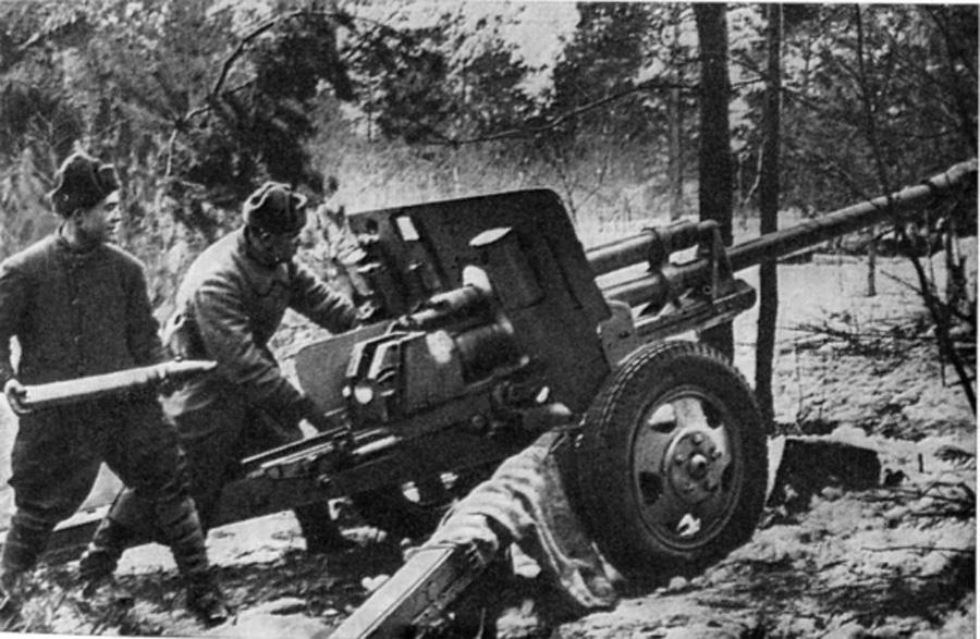 фото ранней пушки зис-3 1942 года с прямоугольными станинами